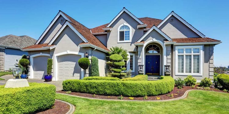home-with-curb-appeal-1-750x375